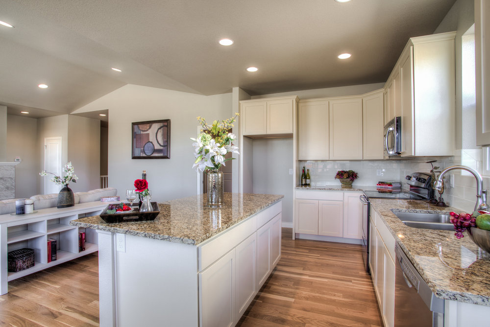 1606 Mount Meeker Ave_10_Kitchen02.jpg