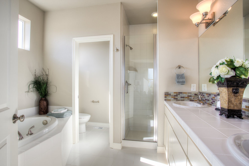 1606 Mount Meeker Ave_16_MasterBathroom01.jpg