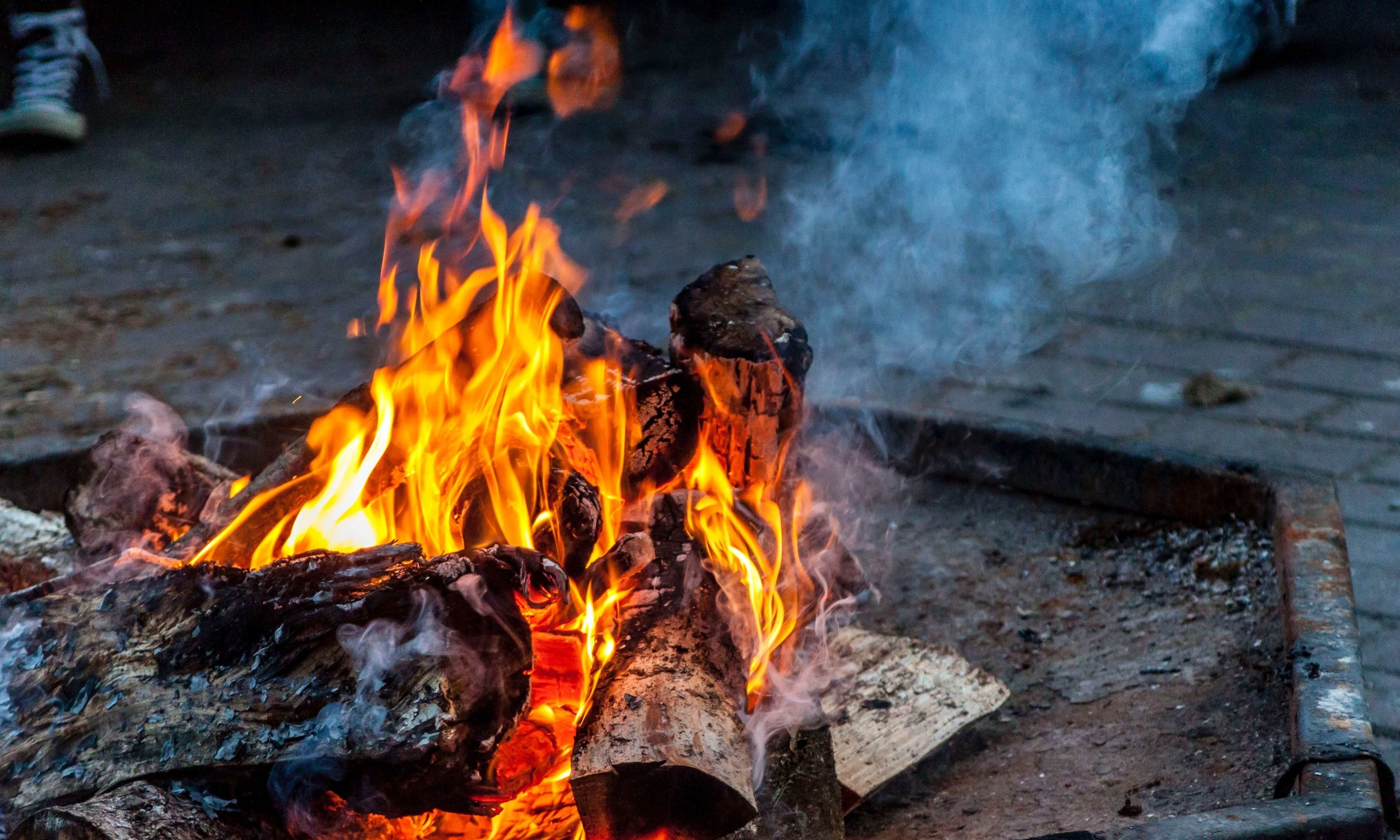 How To Build A Cauldron Fire & Its Use In Spells — The