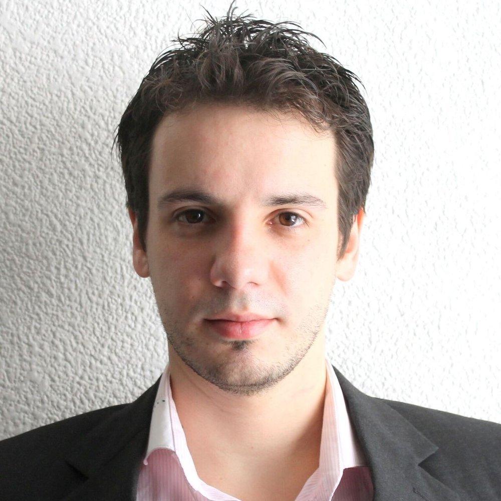 Nicolas-Robredo.jpg