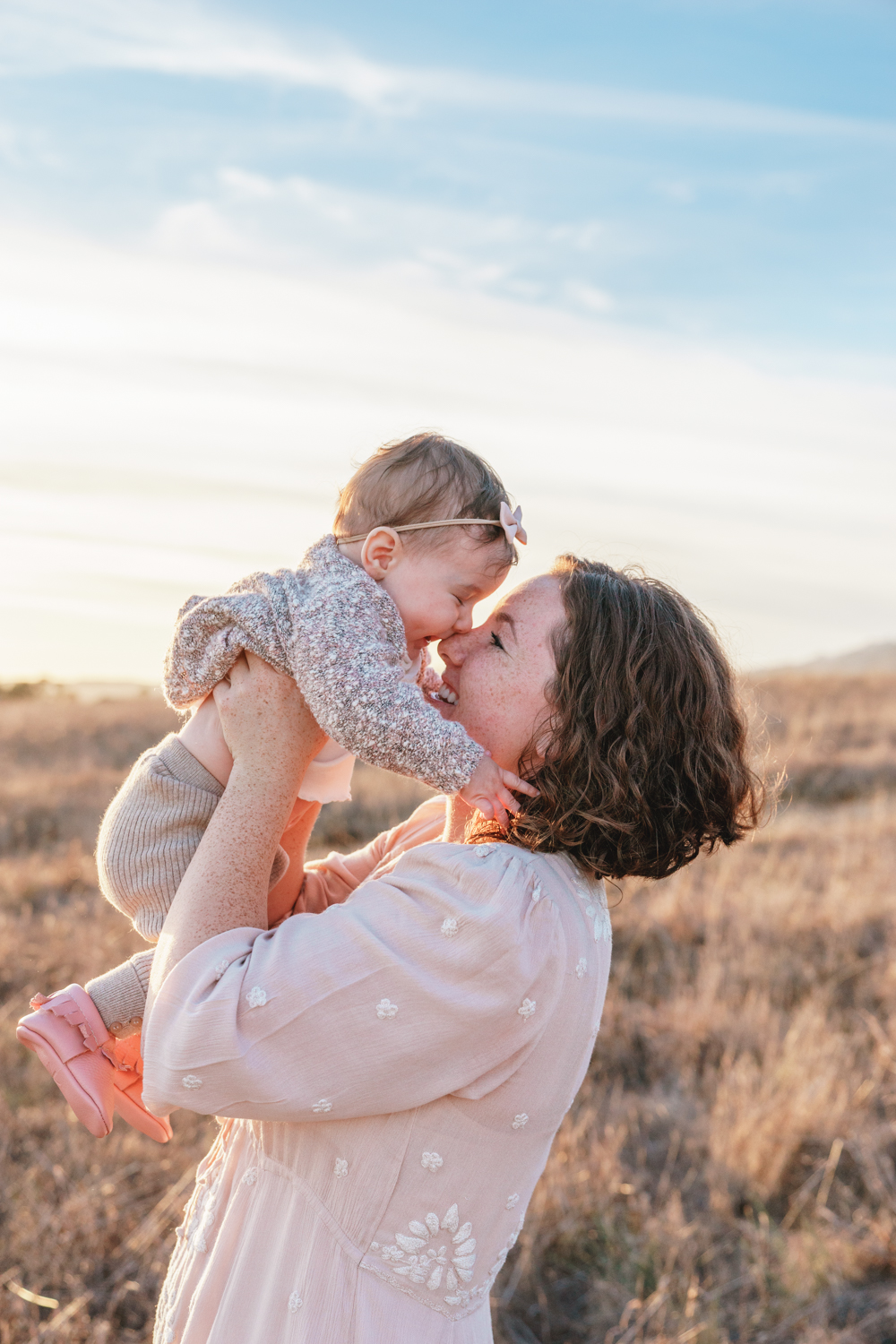FAMILY AND MATERNITY PORTRAITS