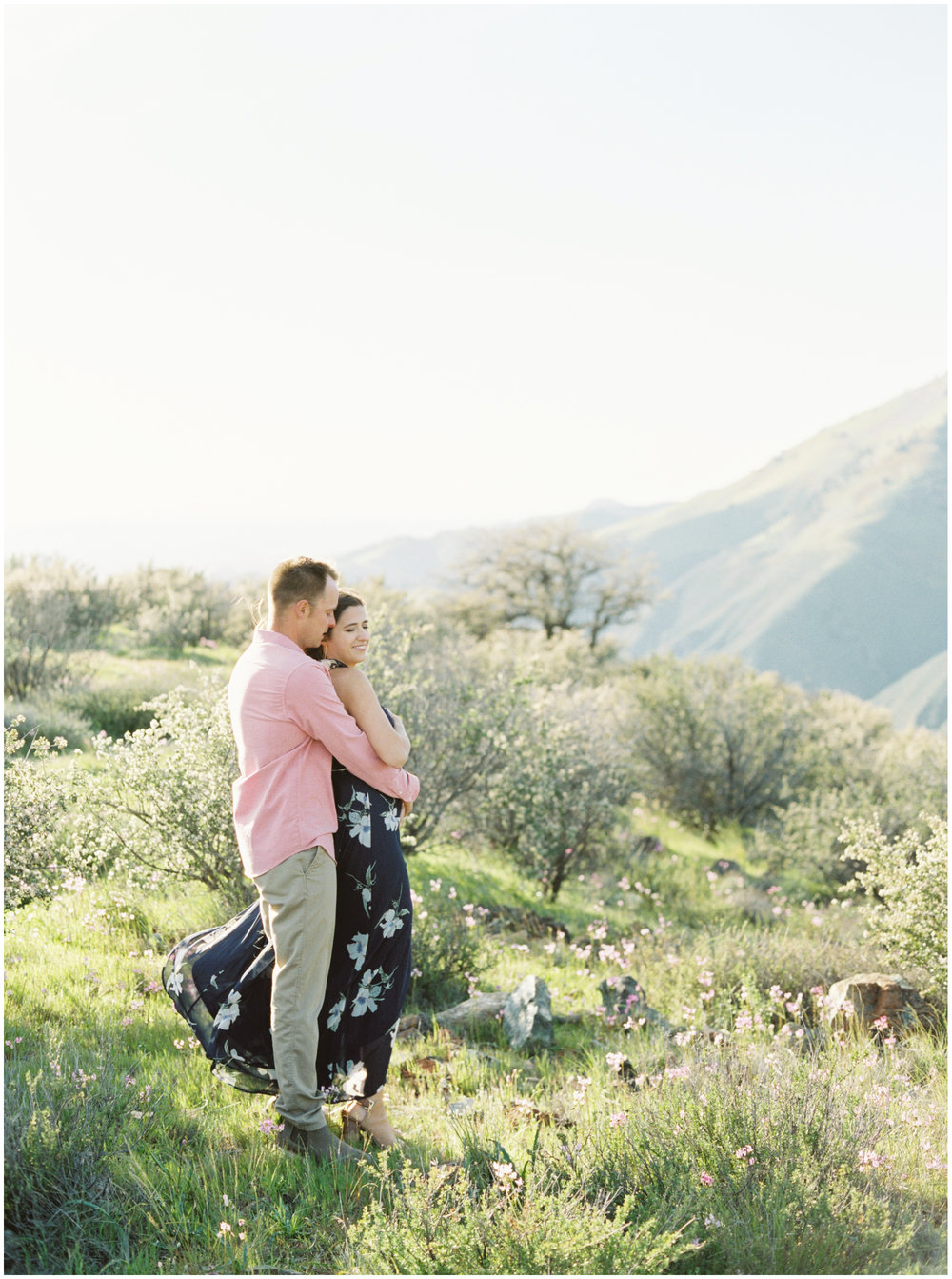 Santa_Ynez_Superbloom_Engagement_Session-09.jpg