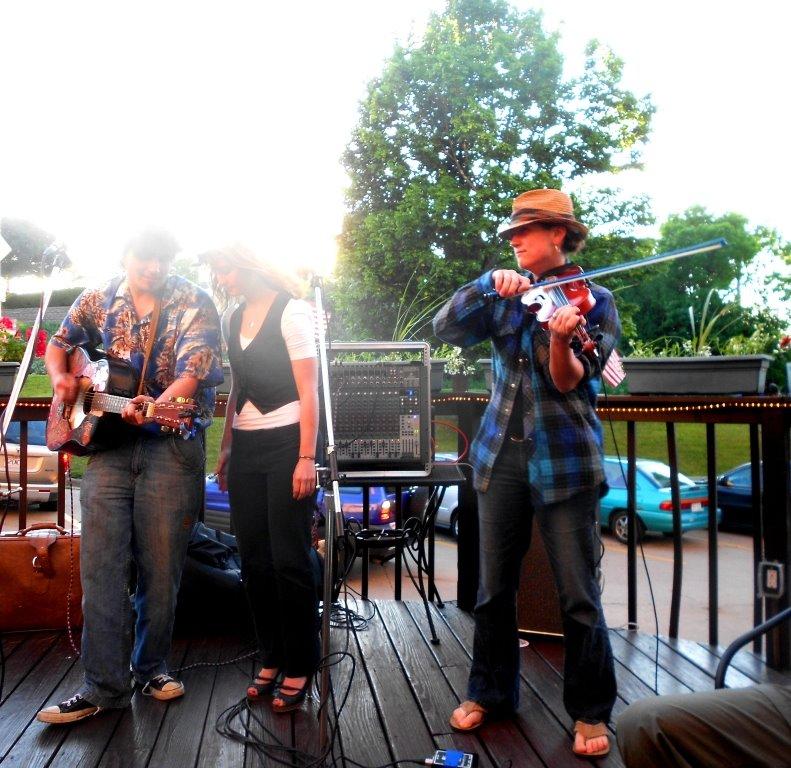 stand-in improvisation | beer garden gig