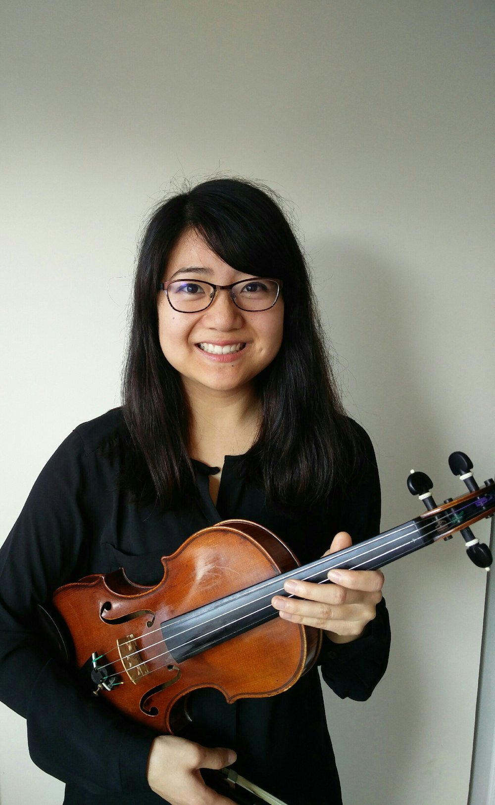 Drea Mast, violin