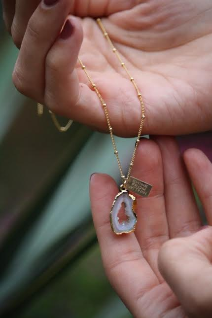 Get your own 'Shine from within' geode necklace  HERE!