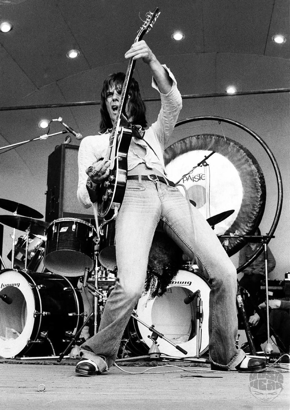 ian dickson_Jeff Beck 1973.jpg