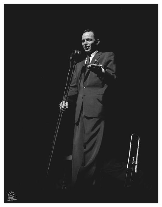 Sinatra - 06  -Paramount Theater  reunion NYC-  8-15-1956   .jpg