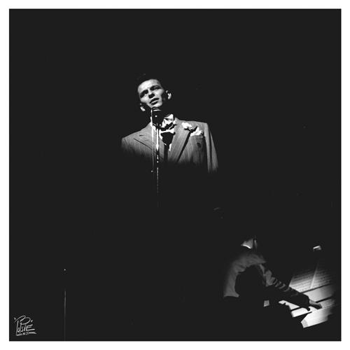 Sinatra & Jan Savitt - 09C  -   session E  Paramount  NYC-  1943   .jpg