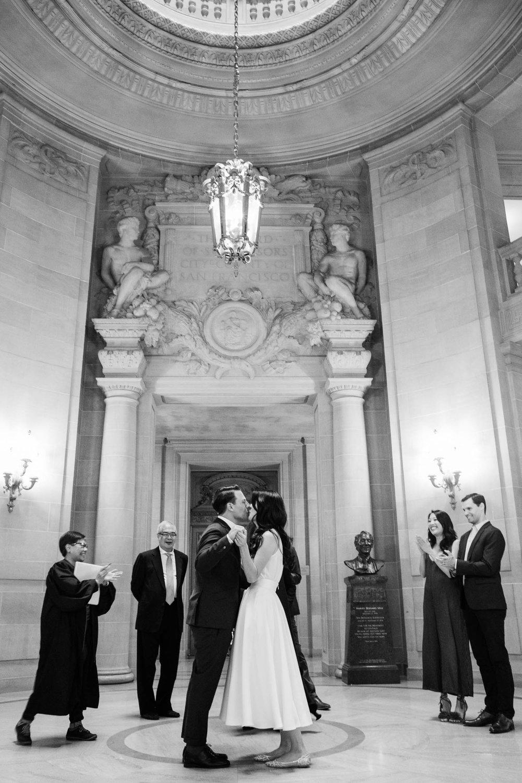 042718_L+L_SF City Hall Wedding_Buena Lane Photography_ 387.jpg
