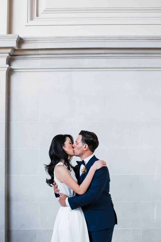 042718_L+L_SF City Hall Wedding_Buena Lane Photography_ 607.jpg