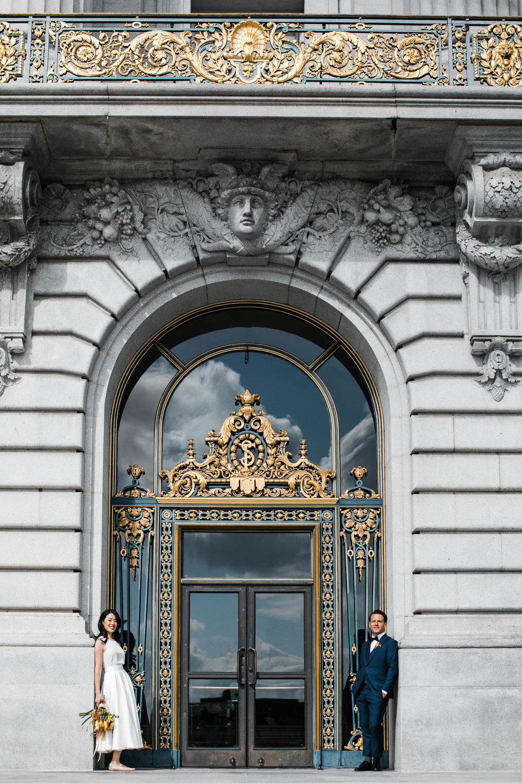 042718_L+L_SF City Hall Wedding_Buena Lane Photography_ 727.jpg