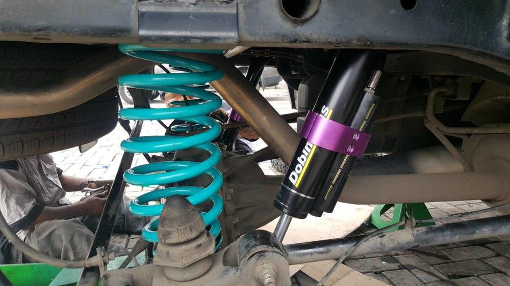 Dobinson MRR shock absorber nissan navara np300 by raptorsmotorsport (4).jpeg