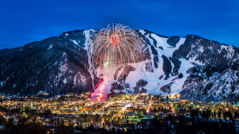 Winterskol Fireworks over Aspen Mountain. Image source: Colorado.com.