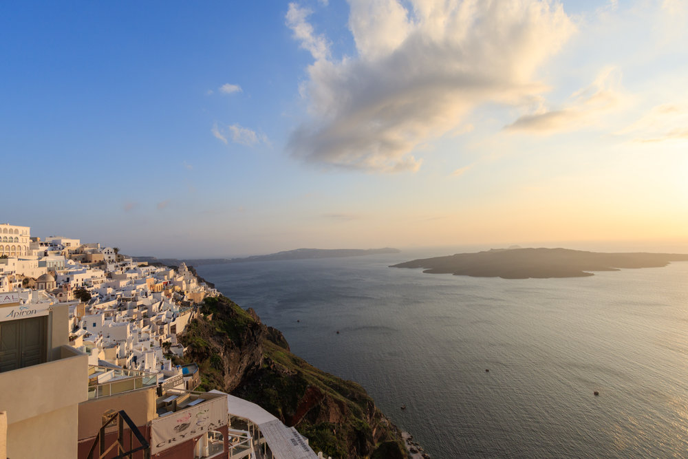 Fira, Santorini. Image by Richard Coombs.