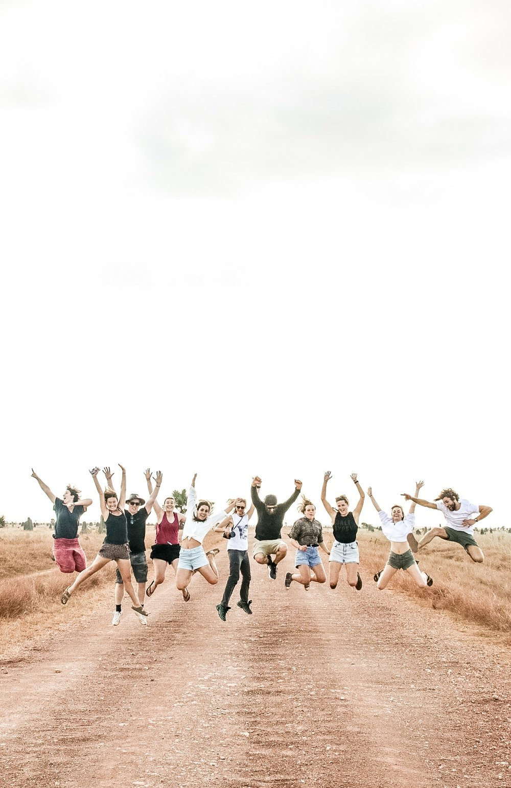Meet the Trash Tribers! There's just too much to say about this awesome lil fam. A bunch of artists, designers, photographers, entrepreneurs and conservationists with one mission, and a passion for protecting our oceans | Photo by Jemma Scott @thesalty.dreamers | Cape York, Australia