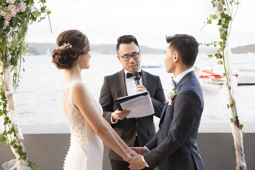 Personal-Vows-Ceremony-Sydney-Marriage-Celebrant-TMT-weddings.jpg