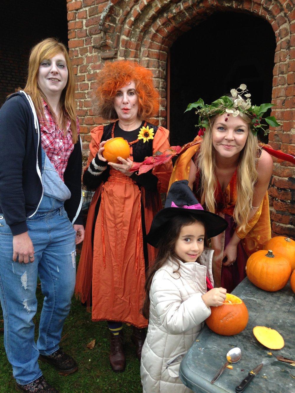 Halloween - Pumpkin Carving - Lullingstone Castle.JPG