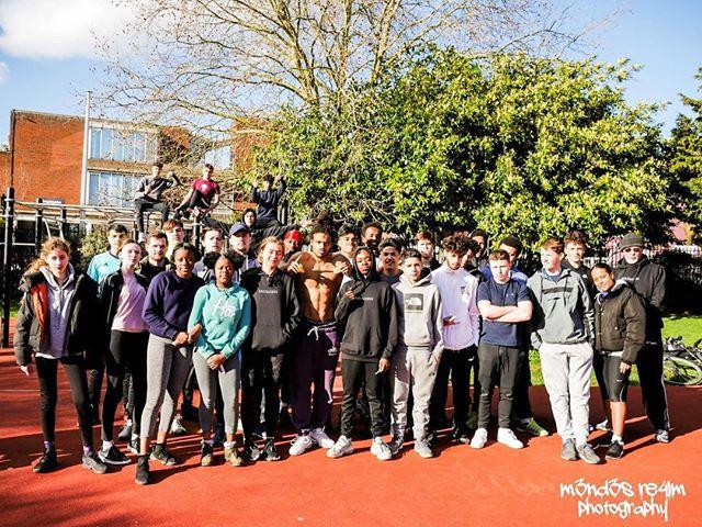 BarzGlobal Sunday Session 👆🏾🔋👇🏾 - Time: 12:30-2:30pm  Location: Kilburn Grange Park  Price: FREE -  #Sunday #Session #Powers #Unity #Together #Fitness #Strength #OSUYEE #BarzGlobal