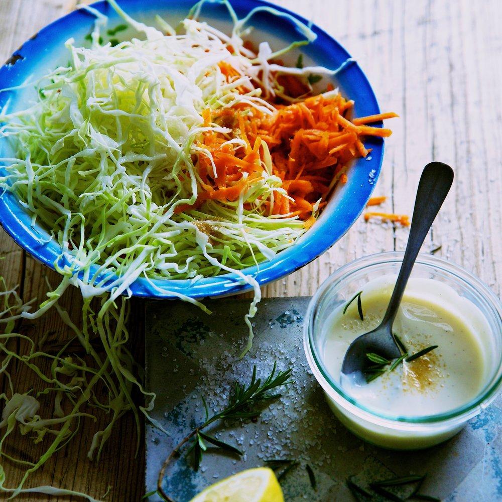 10bunter Krautsalat mit Joghurtsauce-Fackeltraeger Verlag.jpg.jpg