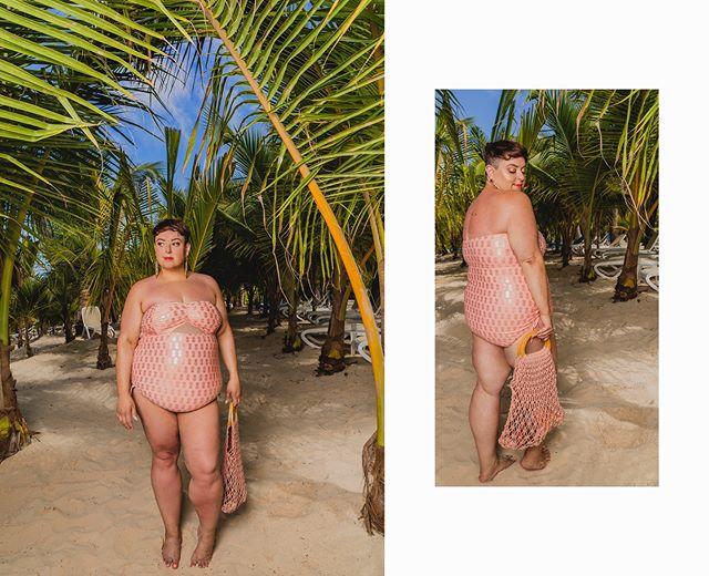 Living for this beautiful custom suit from @bathingbelle. Peep more at the link in the bio! 📸: @elliotparrottphotography  #justbiffi #puntacana #swimwear #vacation #daretowear #celebratemysize #goldenconfidence #plussizefashion