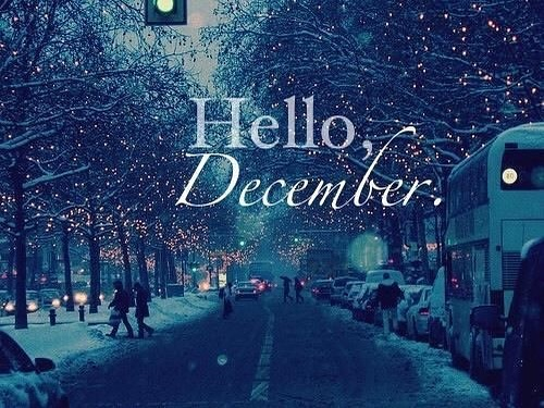 December, I love you. The celebrations. The spirit. The presents. #december #holidayspirit
