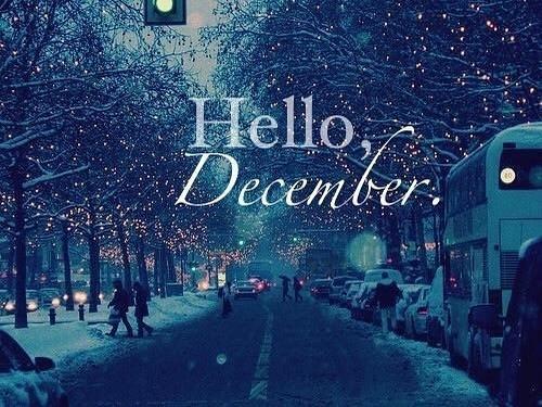 December, I love you. The celebrations. The spirit. The presents. #december #holidayspirit