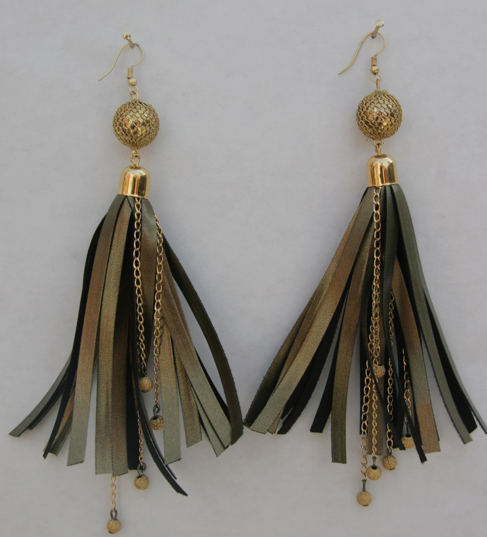 6) IMG_9647 - LEATHER EARRINGS FULL.jpg