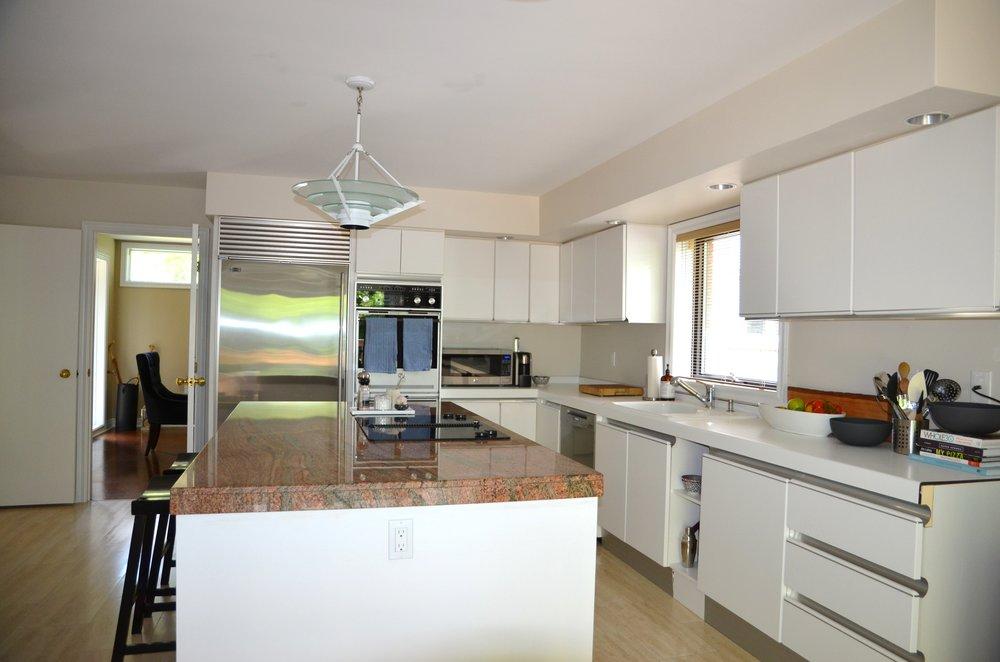 4 Kevi Lane- Kitchen- Before.jpg