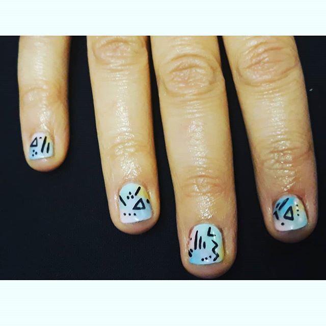 #colours and #shapes  #nailart #shortnails #naturalnails #gelpolish #nailsofinstagram #nails💅 #nailsonfleek #naildesign #nailswag #nailfie #nailsoftheday #nailsbyme #nailsaddict #nailsedinburgh #loveislove #ladybosslife #creativity #selfcare #90s #design