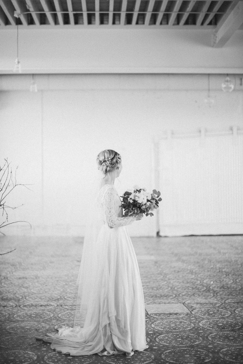 by Aimee Jobe Photography Bridal Portraits Brainerd Photographer-5.jpg