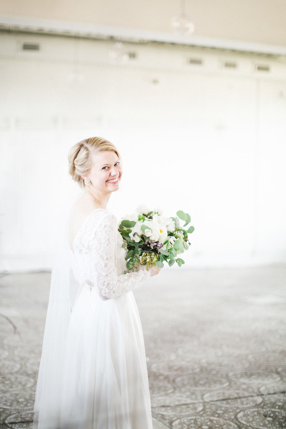 by Aimee Jobe Photography Bridal Portraits Brainerd Photographer-4.jpg