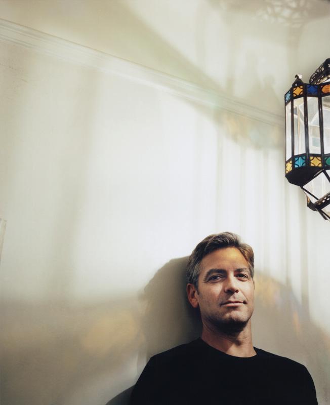 221_2002_George_Clooney_lightfixture_flat.tif.jpg