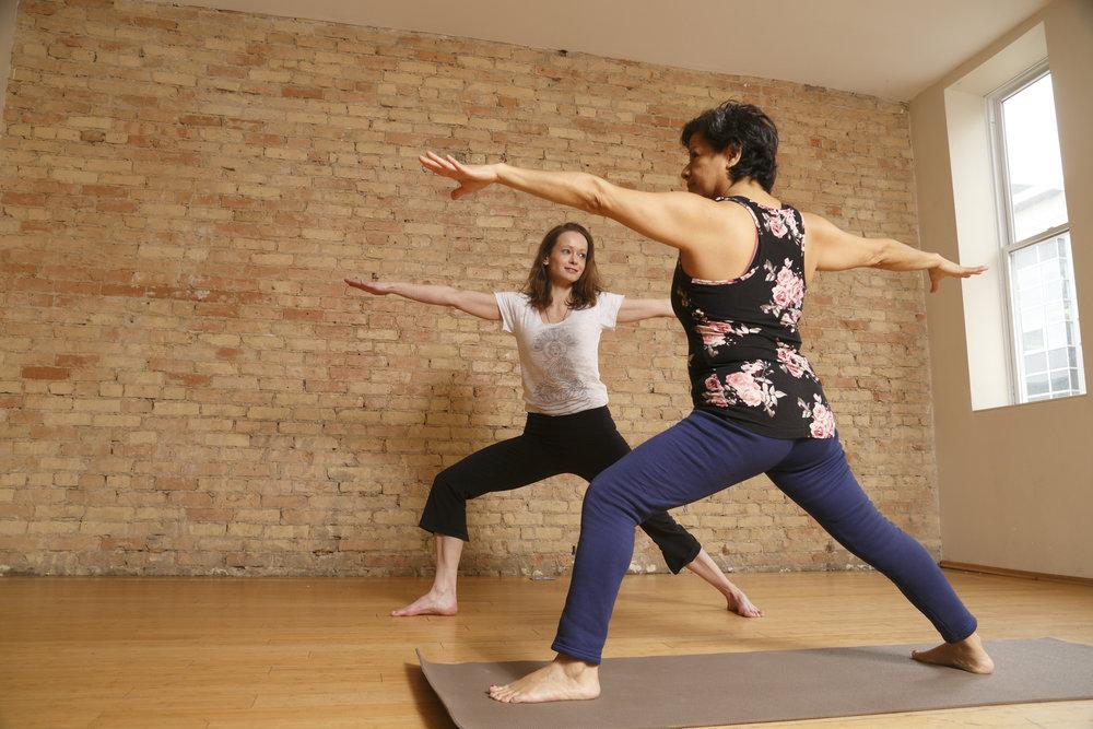 evonne-yoga_2313.jpg