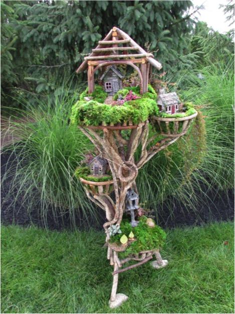 Large Square Birdhouse w/ Porch