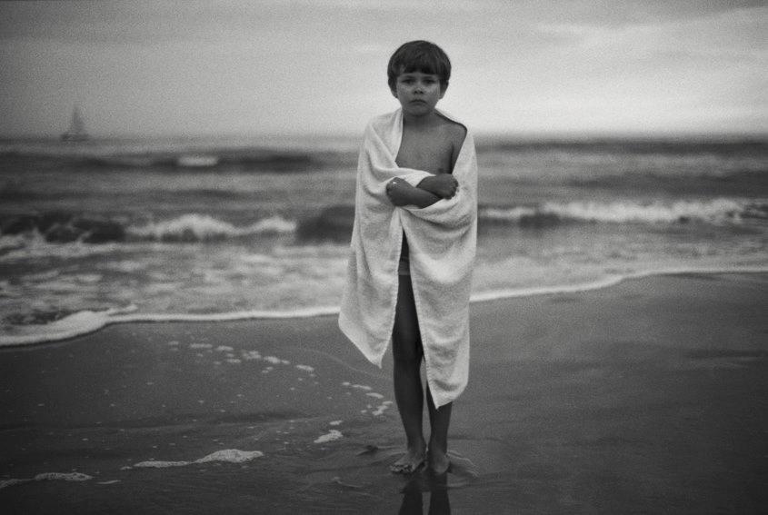 philippe-mougin-photographies-famille-plage-enfant.jpg