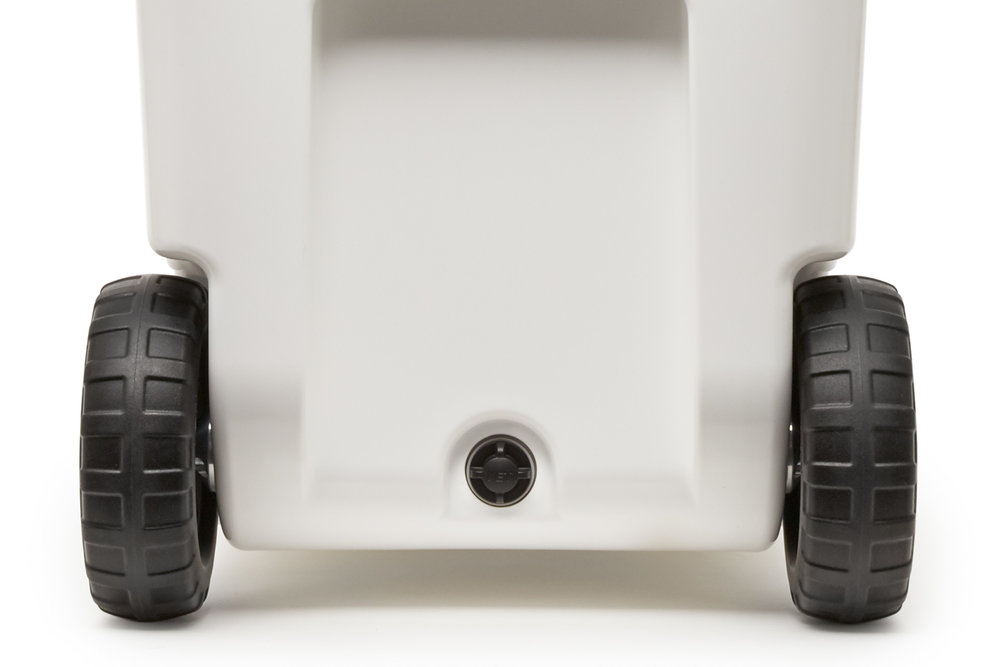 YETI_20180321_Product_Haul_White_Close-Up_Wheel-Drain-Plug.jpg