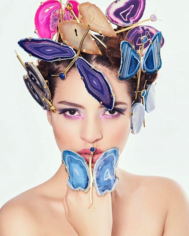 Foto para catálogo joyas @marinarojoyas modelo @meryyyyyyy___ maquillaje y peluquería @elver.makeup foto @jesusmariadominguez #joyas #moda #modafeminina #estilo #complementosmoda #