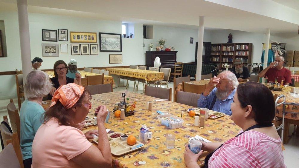 Senior_Lunch_1.jpg