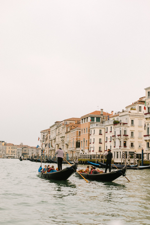 Gondola ride to the Belmond Cipriani. Photo by Betsi Ewing Studio.
