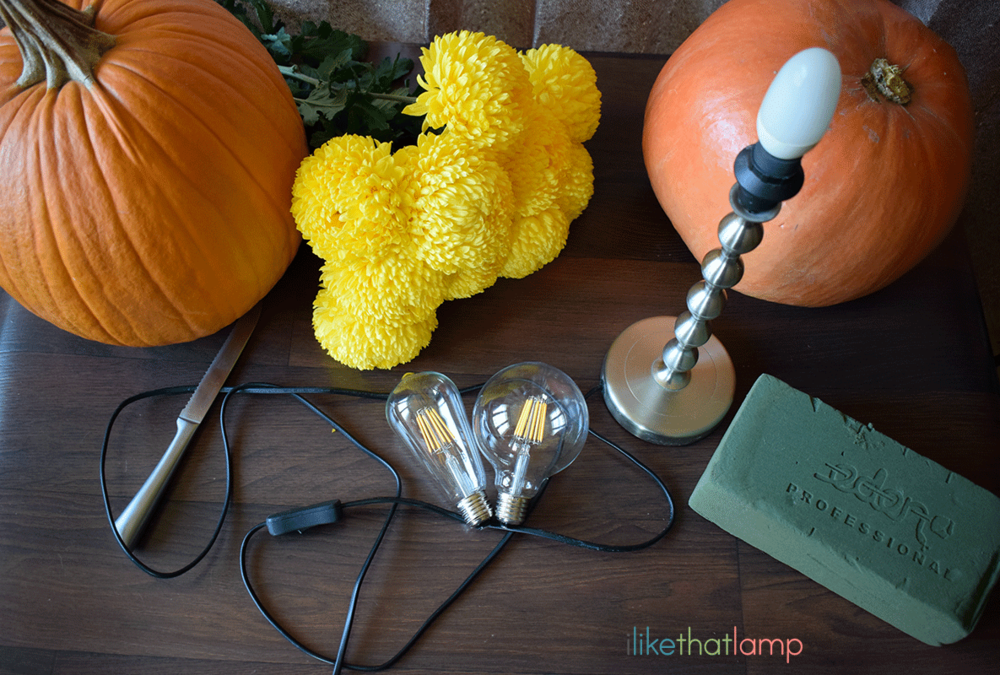 how-to-make-a-pumpkin-flower-lamp-centerpiece-tutorial---read-more-at-ilikethatlamp---1.png