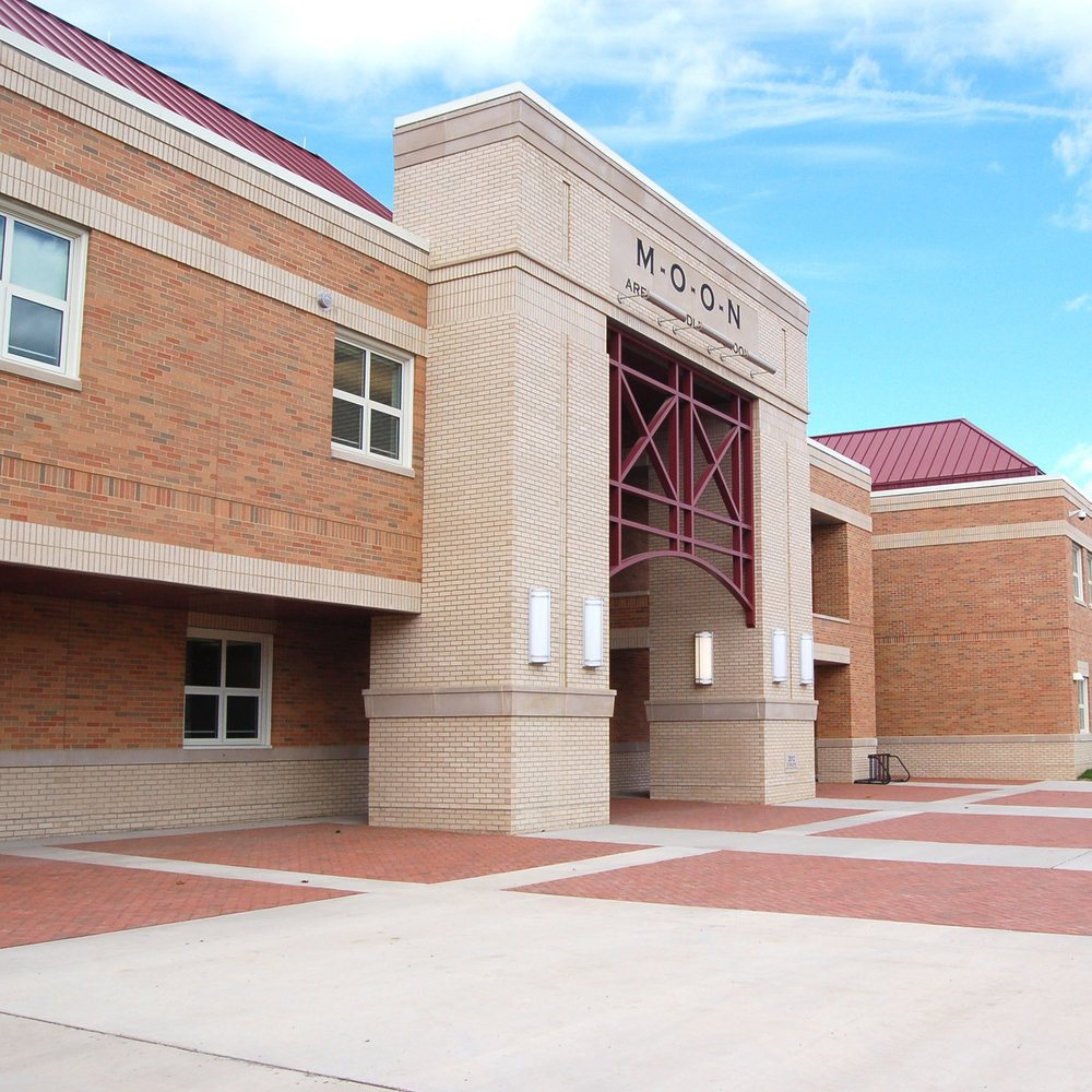 Moon Area Middle School  Moon Area School District   Education