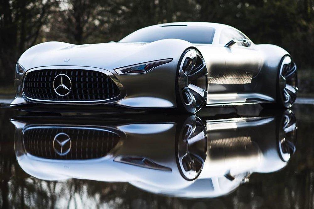Captain Future  .  .  #mercedesbenz #amg #vision #granturismo #concept #study #automotivephotography #hammerfettbombekrass #carsofinstagram #carporn #🤖 #🕶 #🌃 (at Mercedes-Benz  Sindelfingen)