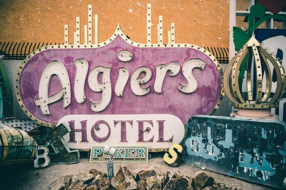 Algiers. The Neon Museum. The Blog Post. (Link in the Bio).  . @officialneonmuseumlasvegas .  .  #visitlasvegas #theneonmuseum #goldennugget #neonsigns #travel #travelphotography #🇺🇸 #hammerfettbombekrass  (at The Neon Museum)