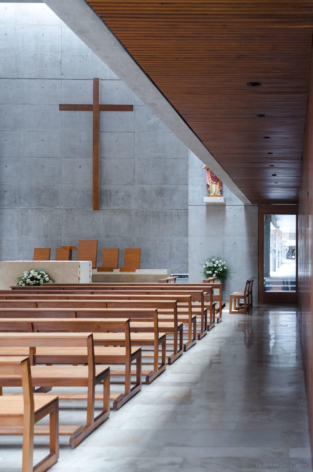 UCA Iglesia 1.jpg