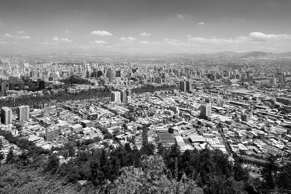 Santiago en todo su esplendor desde el Cerro San Cristobal.