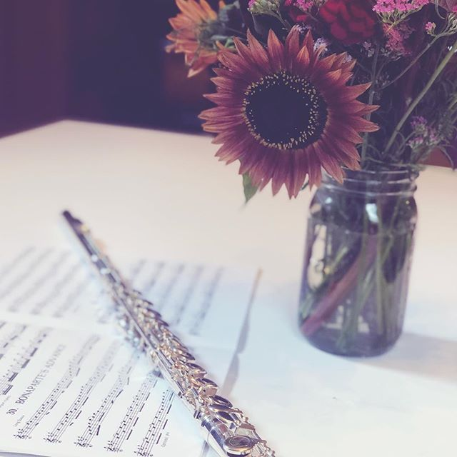 Flutes and flowers are still happening over at my house. Mostly listening to music online though. Not playing much because things are so busy taking care of little babe. It's really a full time job that I couldn't be  happier doing. Time has slowed down and sped up at the same time. It's all about being in the moment and following babes cues!