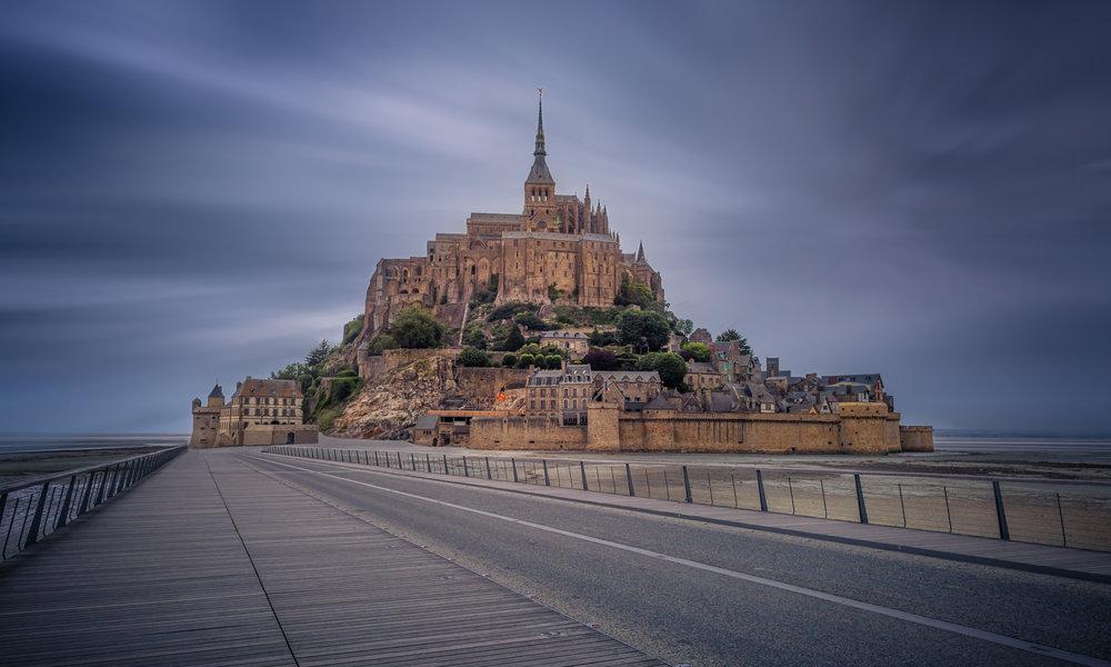 LE MONT SAINT MICHEL - Le très typique Mont Saint Michel s'est glissé parmi les 50 finalistes (sur près de 14 000 participants) au concours