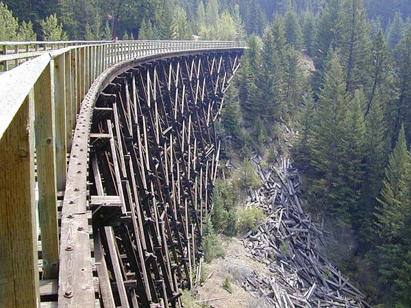 myra_canyon_section_of_the_kettle_valley_railway_august_2003_600.jpg