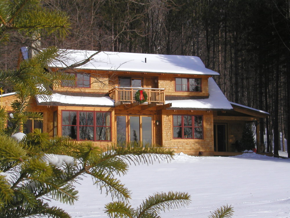 house thru pines%_2A~1.JPG