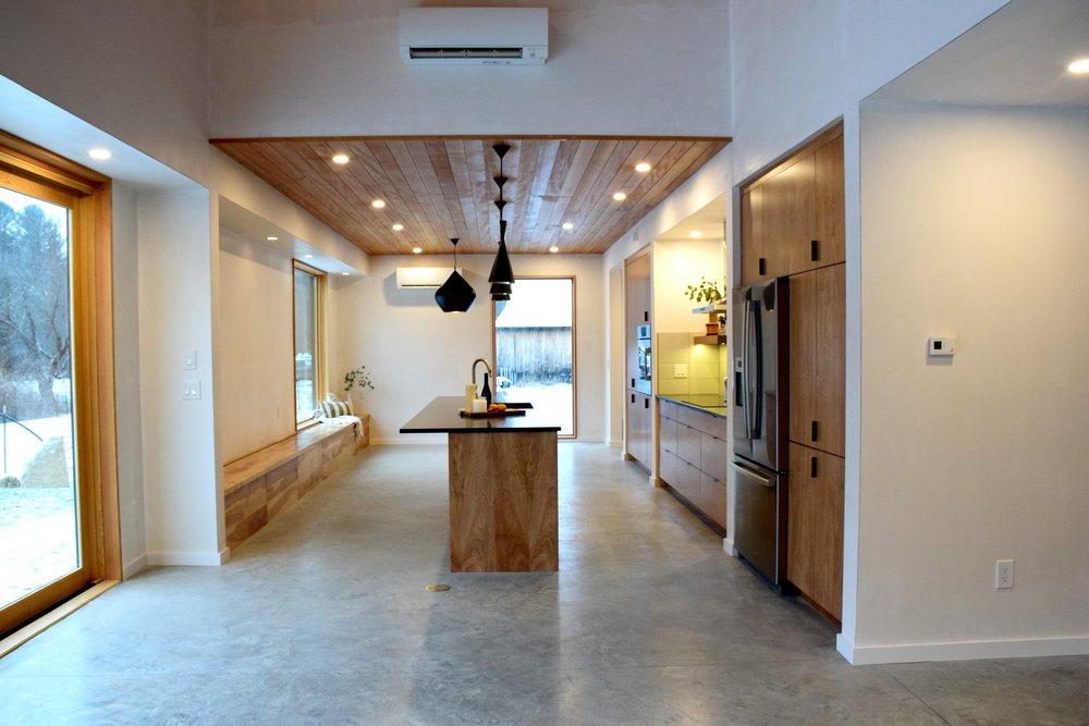 kitchen all view.jpg